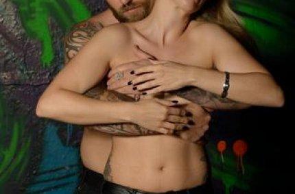 erotic bodypainting, sexy exhibitionist